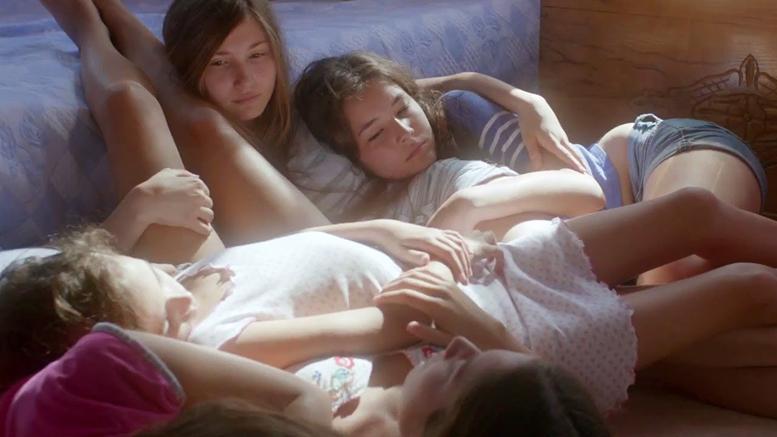 MUSTANG / regia: Deniz Gamze Ergüven  Nominalizare la categoria Cel mai bun film străin